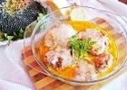 Kurczak w sosie serowym z czosnkiem i bazyli�