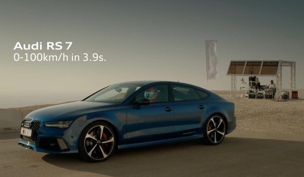 Audi RS 7 Sportback ściga się z... windą