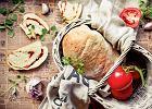 Doskonały przecier pomidorowy - przepis podstawowy i kilka pomysłów na jego wykorzystanie