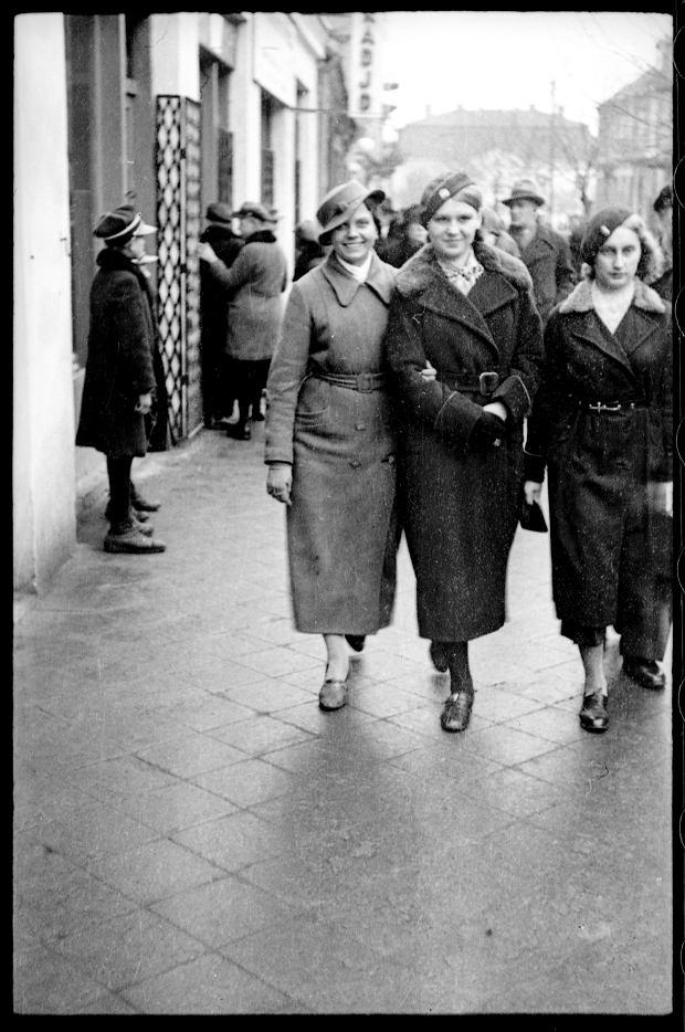 Zdjęcie numer 20 w galerii - Zdarzyło się... 1 listopada 1936 roku. Niepublikowane zdjęcia sprzed 81 lat