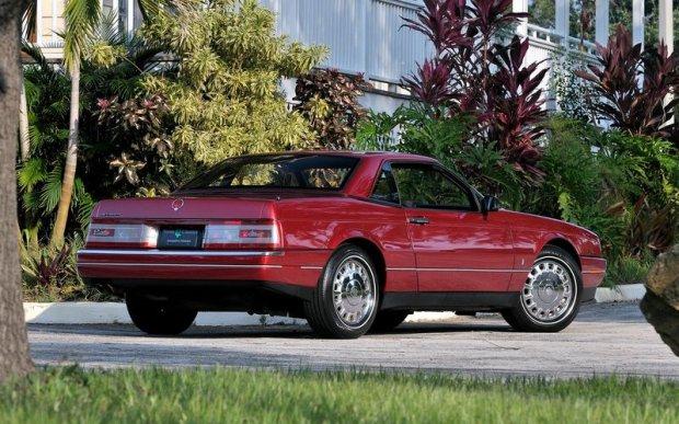 Cadillac Allante z 1987