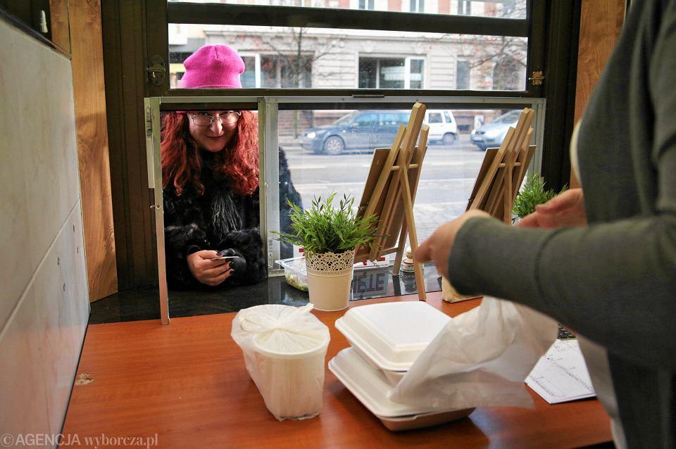 Obiady Za Dyszkę Nowy Bar Z Jedzeniem Na Wynos Zdjęcia Zdjęcie Nr 1