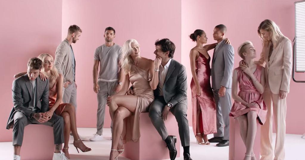 Firma Swarovski nie zawahała się pokazać w reklamie par homoseksualnych