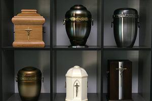 W�adze Bremy chc� pozwoli� na trzymanie w domach ludzkich proch�w. Koniec funeralnej turystyki?