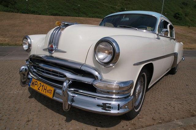 Pontiac Star Chief 1954 r.