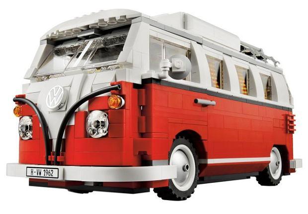 Volkswagen T1 z klock�w LEGO