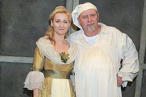 Mało kto wie, że córka Andrzeja Grabowskiego Zuzanna poszła w jego ślady i została aktorką. Zuzanna Grabowska ma na swoim koncie wiele ról telewizyjnych i teatralnych. Od lat gra w serialach i filmach. Jak to możliwe, że Grabowski nie chwalił się córką?