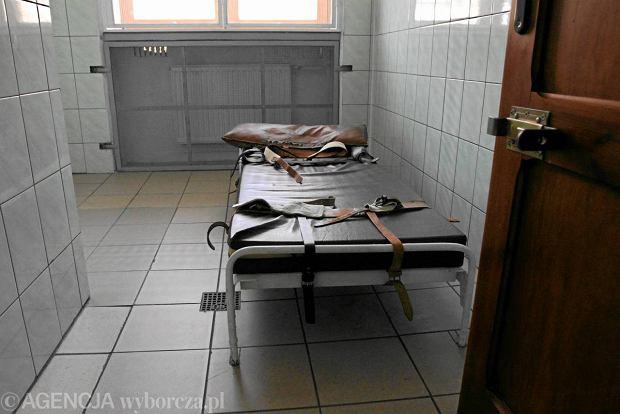 Rosyjska gazeta o Euro 2012 we Wroc�awiu: Nie ma izby wytrze�wie�!