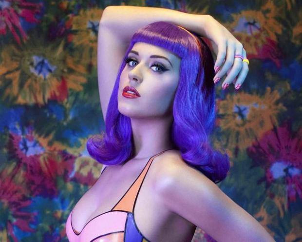 Chyba każdy z showbiznesu wie, że Katy Perry swish to niezła flirciara. Pogłoski o jej miłosnych podbojach skutecznie wzmacnia fakt, że niemal za każdym razem drugoplanową postacią tych historii jest sama Taylor Swift. Tym razem wierzchołkiem tego trójkątu stał się sam Calvin Harris. Jak poradzi sobie z tym faktem jego eks-dziewczyna Taylor Swift?