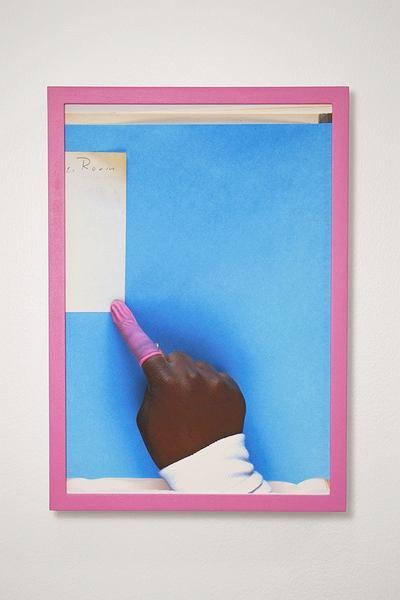 Zdjęcie numer 3 w galerii - Google przenosi książki do Internetu - artysta widzi w tym dzieło sztuki