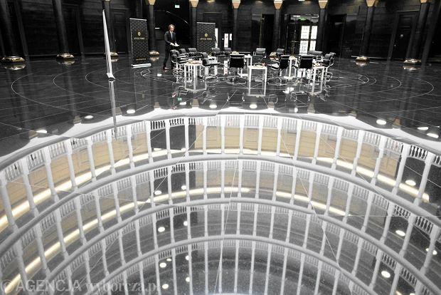 Uficcio primo gotowy film zdj cia zdj cie nr 6 for Ufficio primo warszawa