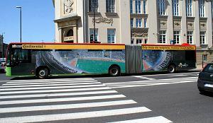 http://bi.gazeta.pl/im/7/11770/z11770927M,MPK-na-czas-Euro-wypozycza-Warszawie-swoje-autobusy.jpg