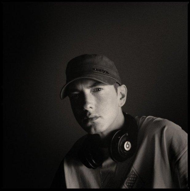 Raper zapowiedział premierę dziewiątego albumu, który na sklepowe półki trafi jesienią.