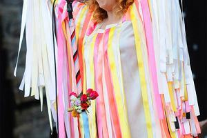 Alison Goldfrapp w koszmarnej sukience z confetti