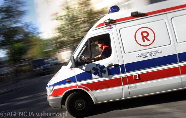 Wypadek na przeje�dzie kolejowym pod Olsztynkiem. Jedna osoba nie �yje