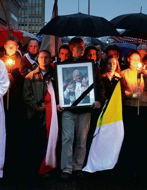 Janowi Paw�owi II w czwart� rocznic� �mierci