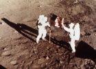 """Neil Armstrong i Edwin E. """"Buzz"""" Aldrin - pierwsi ludzie na Księżycu, 20.07.1969"""