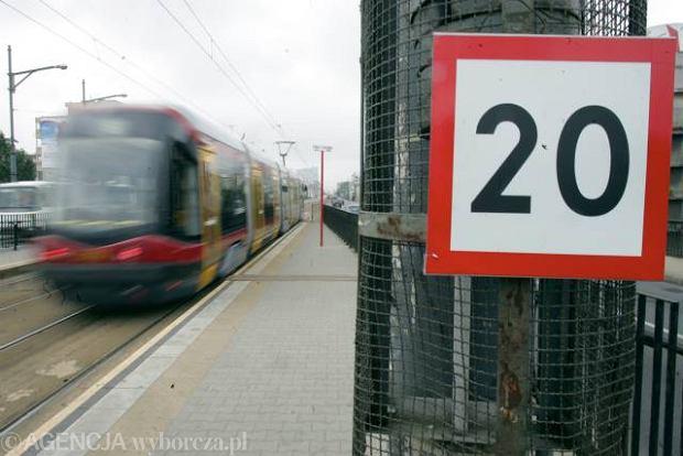 [Obrazek: z6894177Q,Ograniczenie-predkosci-dla-tramwajow.jpg]
