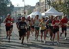 Rekordowy Maraton ju� biegnie. Sprawd� tras�
