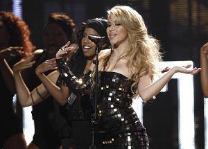 """Jak zwykle piękna i uwodzicielska Shakira zaprezentowała teledysk do najnowszego singla """"Me Enamoré""""."""