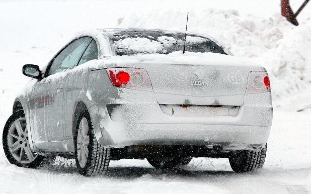 Zima zabija samochody
