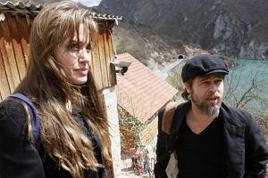 """""""Nasza �wi�ta"""". Uchod�cy otrzymali pomoc po wizycie Angeliny Jolie"""