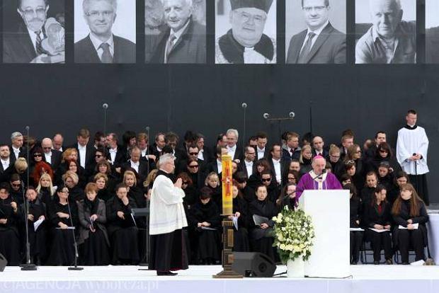 Abp Nycz: Tragedia zjednoczy�a Polak�w i ludzi na ca�ym �wiecie