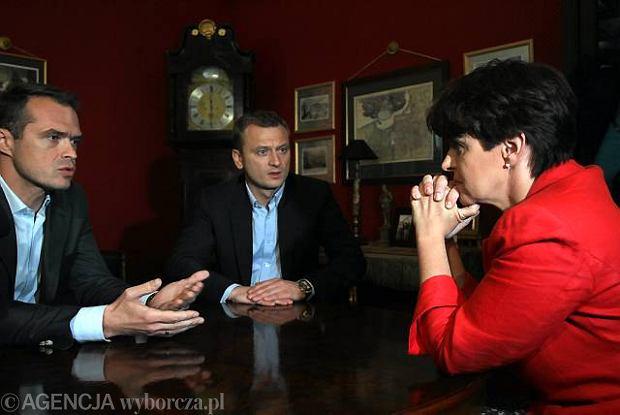 S�awomir Nowak i Joanna Kluzik-Rostkowska rozmawiaj� o debatach wyborczych w czerwcu 2010 roku