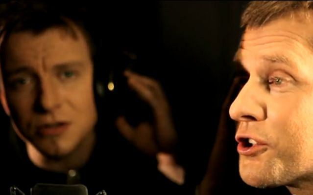 Print Screen z klipu kabaretu RAK i Piotra Kupichy
