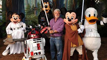 George Lucas i postaci Disneya jako bohaterowie 'Gwiezdnych Wojen'