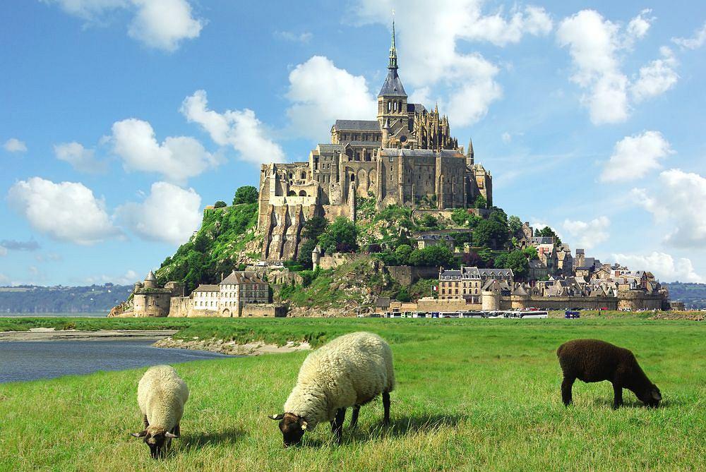 Zdjęcie numer 2 w galerii - Cuda świata. Francja. Mont Saint Michel - klasztor na wodzie