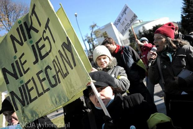 Polska domem dla 55 tys. nowych imigrantów. Brakuje rąk do pracy