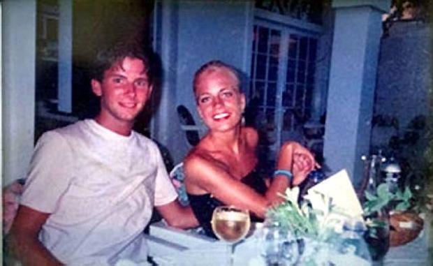 Pokrzywdzona Christine Hedlund z narzeczonym jeszcze przed fataln� operacj�