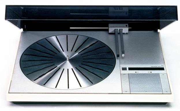Bang & Olufsen  Beogram 4000 z ramieniem tangencjalnym