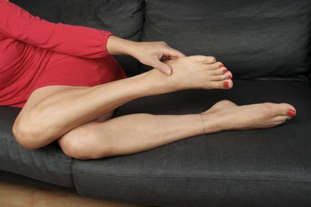 Stópki na kanapie