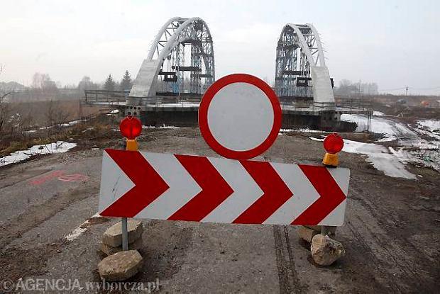 Mszana. Budowana przez Alpine Bau autostrada A1. Trasa Świerklany - Gorzyczki ma być gotowa w kwietniu 2012