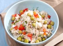 Tuńczyk z ryżem i papryką - ugotuj