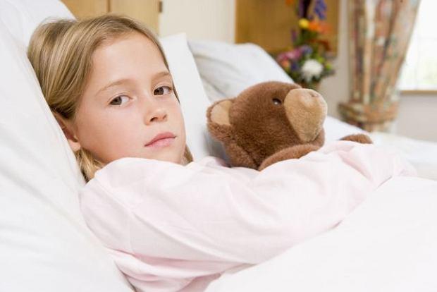 Nieswoiste zapalenia jelit niejednokrotnie staj� si� przyczyn� wielomiesi�cznych pobyt�w szpitalnych