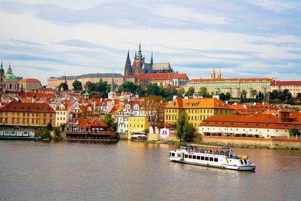 Czech wzdycha do Rusa. Spada liczba turyst�w z Rosji, spadaj� zarobki