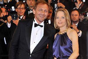 Tylko wybitni aktorzy maj� takie wzi�cie. Przekonuje nas o tym Andrzej Chyra, kt�ry pojawi� si� w Cannes. Ale nie sam. Na czerwonym dywanie towarzyszy�a mu Jodie Foster!