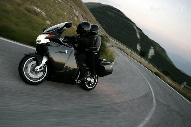 Motocykl z wideorejestratorem na S7