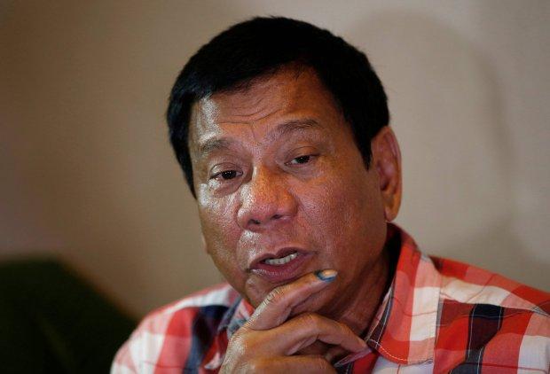 Prezydent Filipin: Pozwolę służbom strzelać, aby zabić