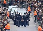Pogrzeb Stephena Hawkinga. Tłumy żegnały w Cambridge wielkiego uczonego