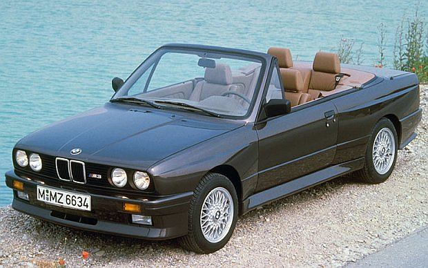 BMW M3 E30, produkowany był w dwóch wersjach nadwozia: coupé oraz kabriolet