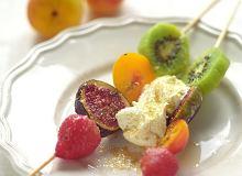 Szaszłyki ze świeżych owoców - ugotuj