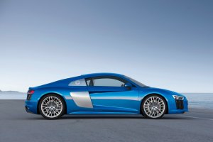 Nadci�ga Audi R8 ze s�abszym silnikiem