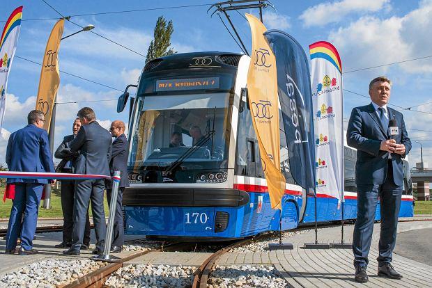 Zdjęcie numer 0 w galerii - Tak wygląda pierwszy z 21 tramwajów zamówionych przez miasto