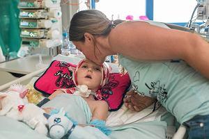 Udało się zebrać pieniądze! 6-latka, której w głowę wbiły się widły, trafiła do Kliniki Budzik