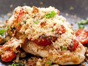 Kurczak zapiekany z pomidorami i parmezanem