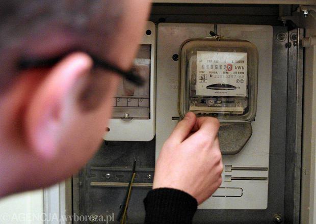 Elektryczni naci�gacze zn�w s� aktywni. Trzy firmy oszukiwa�y?